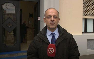 Mislav Bago ispred HDZ-a