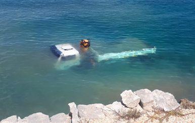 Kamion potonuo u moru kod Šolte - 1