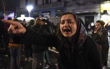 Prosvjedi ispred argentinskog parlamenta (Foto: AFP)