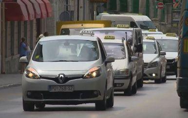 Prosvjed taksista u Puli (Foto: dnevnik.hr)