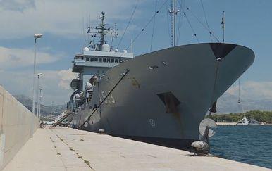 Njemački protuminski brod uplovio u splitsku luku (Foto: Dnevnik.hr) - 2