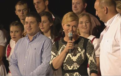 Kolinda Grabar Kitarović u Novom Vinodolskom (Foto: Vijesti Nove TV u 14 sati)