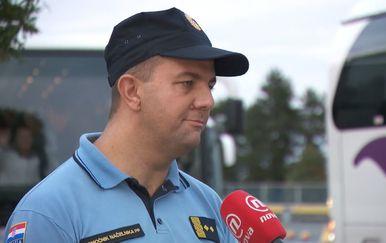 Vanja Margetić razgovara s načelnikom druge postaje prometne policije Goranom Medićem (Foto: Dnevnik.hr) - 1