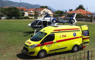 Brzom intervencijom policije i hitne pomoći dijete je prebačeno u splitsku bolnicu (Foto: Ivica Trojanović/Facebook)