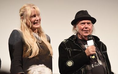 Neil Young i Daryl Hannah (Foto: Getty Images)