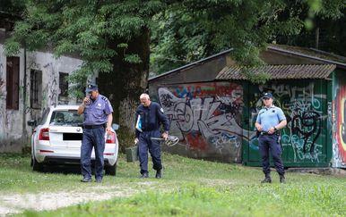 Automobil kojim je ubojica bježao od policije (Foto: Jurica Galoic/PIXSELL) - 5