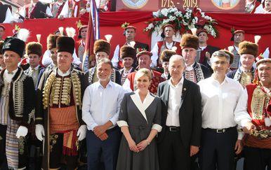 Kolinda Grabar-Kitarović, Gordan Jandroković, Andrej Plenković na Sinjskoj alci (Foto: Ivo Cagalj/PIXSELL)