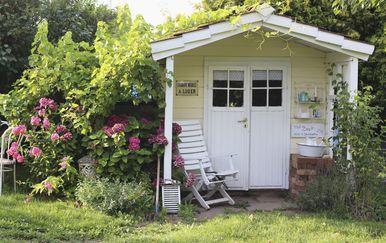 Šarmantna ljetna kućica uređena u neodoljivom shabby chic stilu - 4