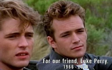 Jason Priestly i Luke Perry (Foto: FOX Screenshot)