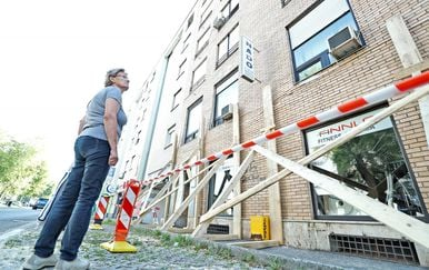 Napukla fasada u Kranjčevićevoj (Foto: Sanjin Strukic/PIXSELL) - 7