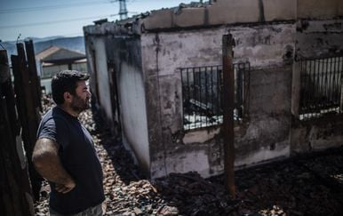 Posljedice požara blizu Atene (Foto: AFP)