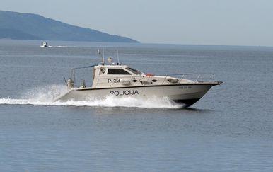 Gliser pomorske policije, ilustracija (Foto: Goran Kovacic/PIXSELL)