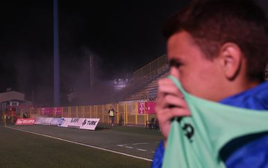 Prekinuta utakmica u Zaprešiću (Foto: Josip Regović/PIXSELL)