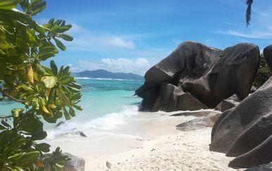 Otok La Digue