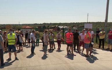 Prosvjed zbog kompostane u Stružecu