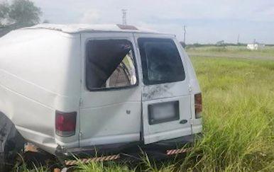 U kombiju u Teksasu poginulo deset migranata