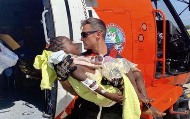 Drugi dan nakon razornog potresa na Haitiju još se traže preživjeli - 1