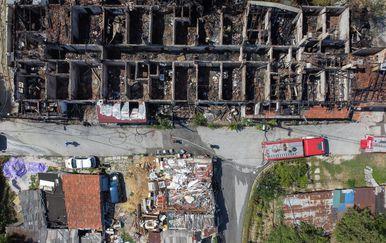 Požar uništio stambeni kompleks u Sarajevu - 8