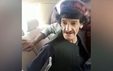 Afganistanski komičar Nazar Mohammad