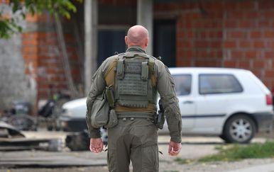 Policija osigurava naselje Parag u kojem je ubijena žena - 1