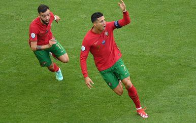 Bruno Fernandes i Cristiano Ronaldo
