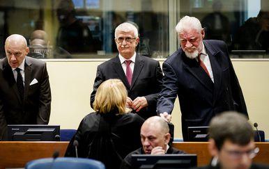 Jadranko Prlić i Slobodan Praljak (Foto: AFP)
