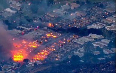 Požari pustoše Kaliforniju (Foto: Dnevnik.hr) - 7