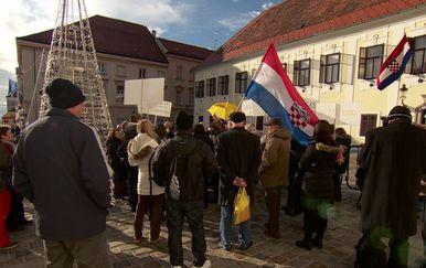Prosvjed radnika Dalmacijavina (Foto: Dnevnik.hr)