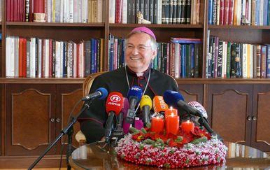 Monsinjor Marin Barišić uputio je Božićnu poruku građanima (Foto: Dnevnik.hr) - 4
