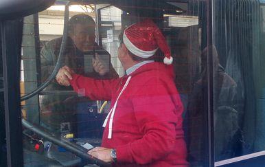 Vozač ZET-ovog autobusa (Foto: Čitatelj)