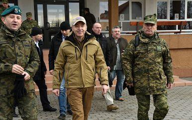 Ministar Krstičević u obilasku hrvatskih vojnika u Poljskoj (Foto: MORH) - 17
