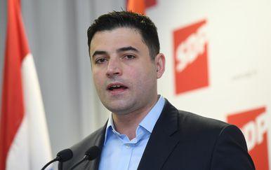 Davor Bernardić (Foto: Marko Lukunic/PIXSELL)