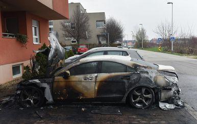 Izgorjeli automobili u Novom Zagrebu (Foto: Davorin Visnjic/PIXSELL)