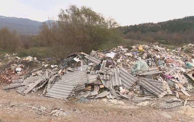 Deponij u zaleđu Rijeke (Foto: Dnevnik.hr) - 2