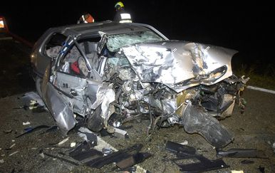 Prometna nesreća kod Buzeta (Foto: Mateo Sardelin/Glas Istre) - 3