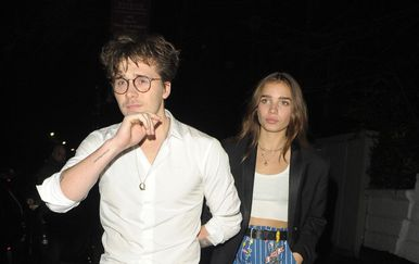 Brooklyn Beckham i Hana Cross (Foto: Profimedia)