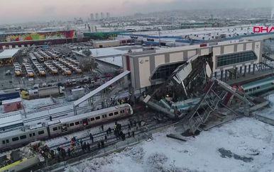 Željeznička nesreća u Turskoj (Foto: AFP)