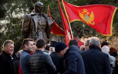 Otkrivanje spomenika Josipu Brozu Titu u Podgorici (Foto: AFP) - 5