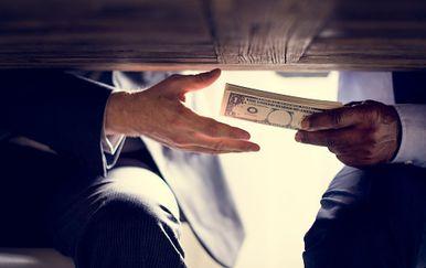 Mito i korupcija, Ilustracija (Foto: iStock / Getty Images Plus)