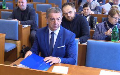 Županu Darku Milinoviću pao proračun (Foto: Dnevnik.hr) - 2