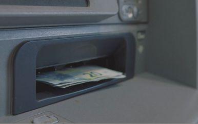 Euri u bankomatu