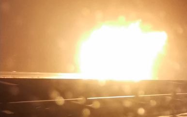 Požar cisterne na A6