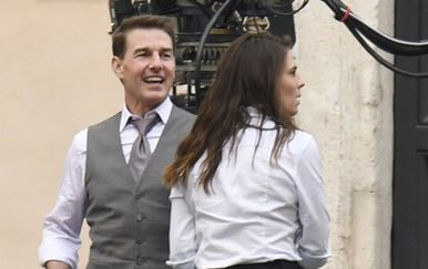 Tom Cruise i Hayley Atwell