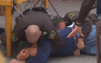 Pokušaj napada na Larryja Nassara (Foto: Reuters) - 3