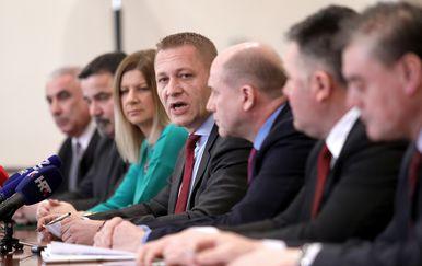 Konferencija za medije HSS-a (Foto: Patrik Macek/PIXSELL)