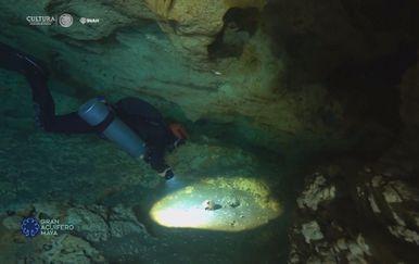 Podvodna spilja u Meksiku (Screenshot Reuters)