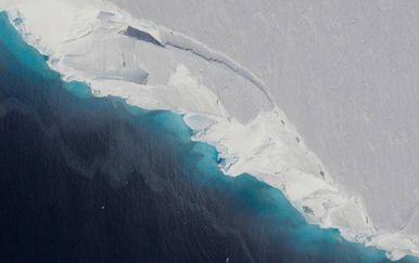 Glečer Thwaites (Foto: NASA/OIB/Jeremy Harbeck)