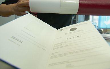 Diplome (Foto: Dnevnik.hr)