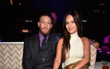 Conor McGregor i Dee Devlin (Foto: AFP)