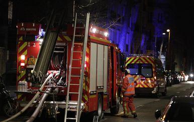 Požar u Parizu (Foto: Geoffroy VAN DER HASSELT / AFP)
